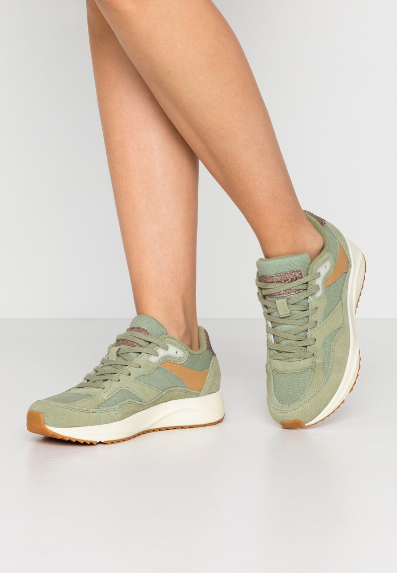 Woden - SOPHIE - Trainers - dusty olive