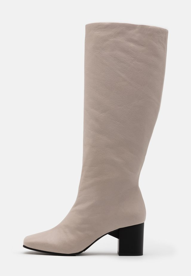 SLFZOEY HIGH SHAFTED BOOT - Bottes - light gray