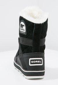 Sorel - GLACY EXPLORER SHORTIE - Winter boots - black - 3