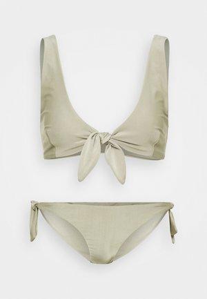 TIE SET - Bikini - olive
