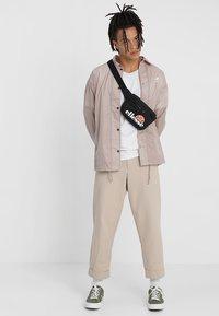 Ellesse - ROSCA - Bum bag - black - 1