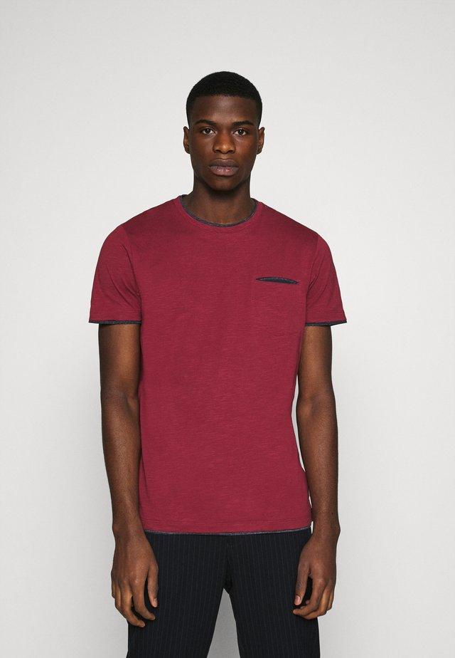 T-shirt basic - bordeaux red