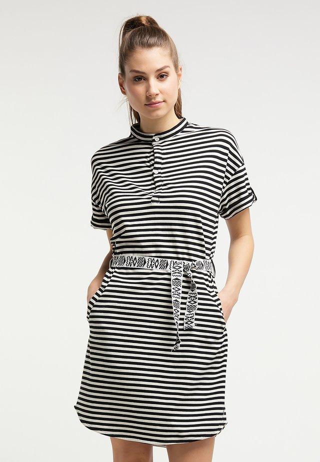 Sukienka z dżerseju - whisper white