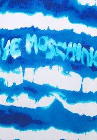 Love Moschino - Print T-shirt - light blue - 5
