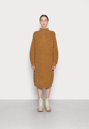 NOVO  - Jumper dress - golden brown