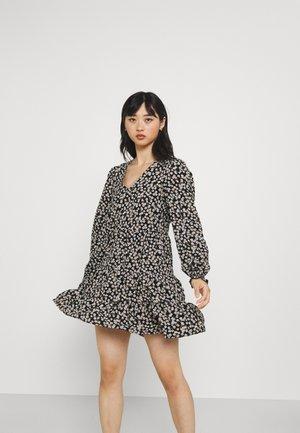 VMSALINA DRESS - Robe d'été - black aop/salina