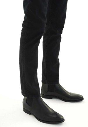 OSVALDO - Classic ankle boots - black