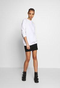 Missguided - BASIC OVERSIZED  - Sweatshirt - white - 1
