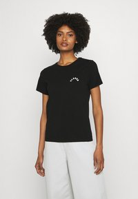 CLOSED - CREW NECK WITH LOGO ON CHEST - Print T-shirt - black - 4