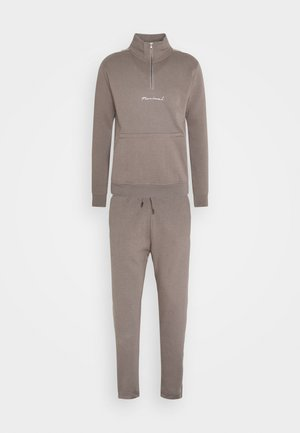 BROOKLYN FUNNEL NECK TRACKSUIT SET - Tracksuit - grey