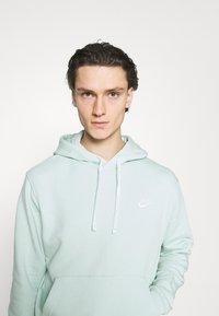 Nike Sportswear - CLUB HOODIE - Sweatshirt - pistachio frost - 3