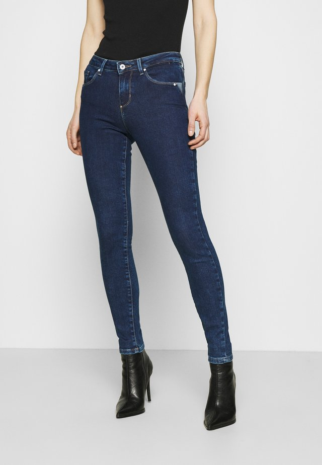 ANNETTE - Jeansy Skinny Fit - so chic