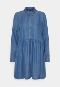 VMLIBBIE SHIRT DRESS - Denimové šaty - medium blue denim