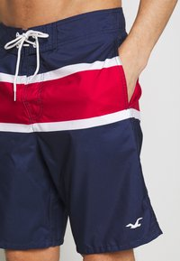 Hollister Co. - RIGID CLASSIC - Plavky - navy/white/red color block - 3