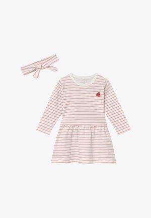NBFDILARA SET - Žerzejové šaty - pink nectar