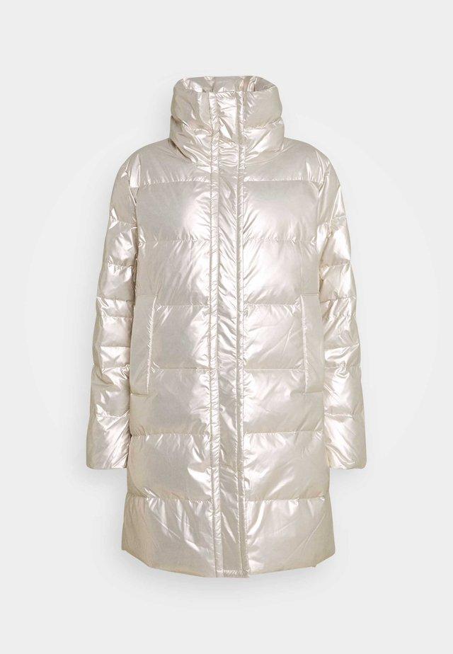 DARIEN SHORT - Classic coat - silver