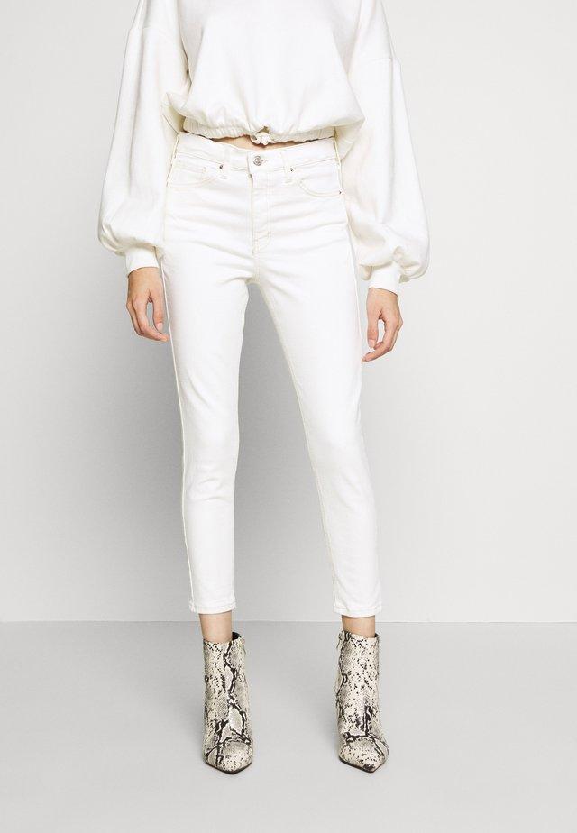 JAMIE CLEAN - Jeansy Skinny Fit - white