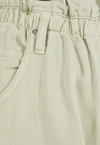 Bershka - MIT STRETCHBUND  - Trousers - green - 5