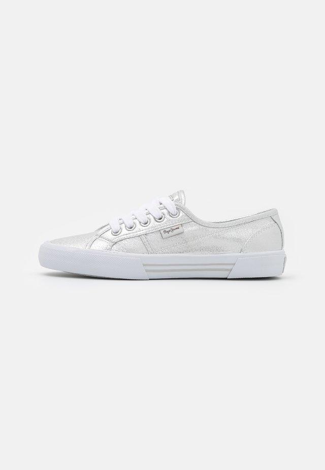 ABERLADY SHINE - Sneakersy niskie - silver