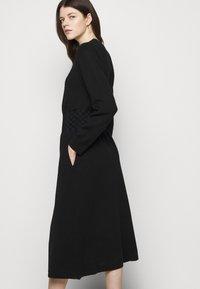 Tory Burch - WAIST DRESS - Jumper dress - black - 4