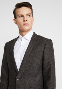 Shelby & Sons - BUCKLAND SUIT - Completo - dark brown - 6