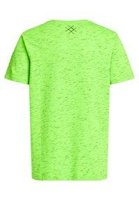 WE Fashion - MET OPDRUK - Print T-shirt - bright green - 4