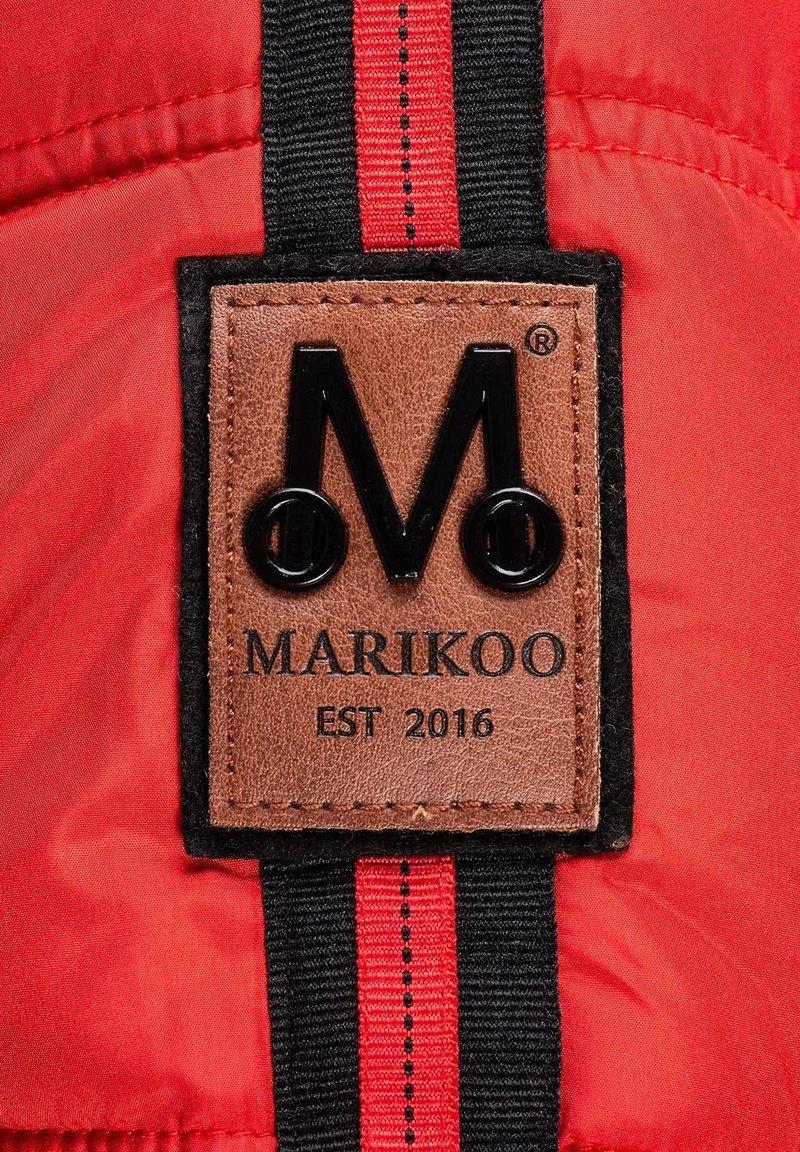 Marikoo Wintermantel - rot 4t36Zx