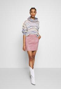 ONLY - ONLJULIE BONDED SKIRT - Mini skirt - adobe rose - 1