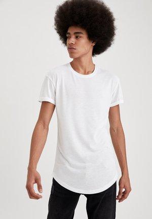 BASIC T-SHIRT - Basic T-shirt - white