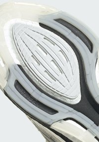 adidas Performance - Zapatillas de running estables - white - 9