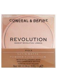 Makeup Revolution - CONCEAL & DEFINE POWDER FOUNDATION - Foundation - p13.5 - 3