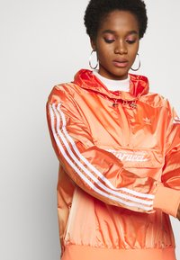 adidas Originals - Vindjakke - semi coral - 3