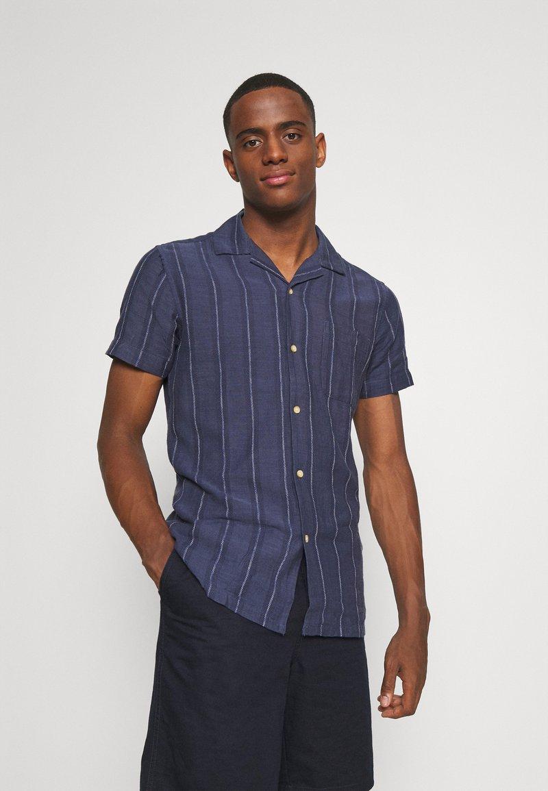 Springfield - CUBAN DOBBY STRIPE - Košile - medium blue