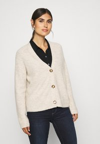 Marc O'Polo - CARDIGAN LONGSLEEVE SADDLE SHOULDER BUTTON CLOSURE - Cardigan - sandy melange - 0
