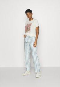 Gina Tricot - IDA TEE - Print T-shirt - cloud - 1