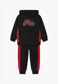Nike Sportswear - SET - Tracksuit - black - 0