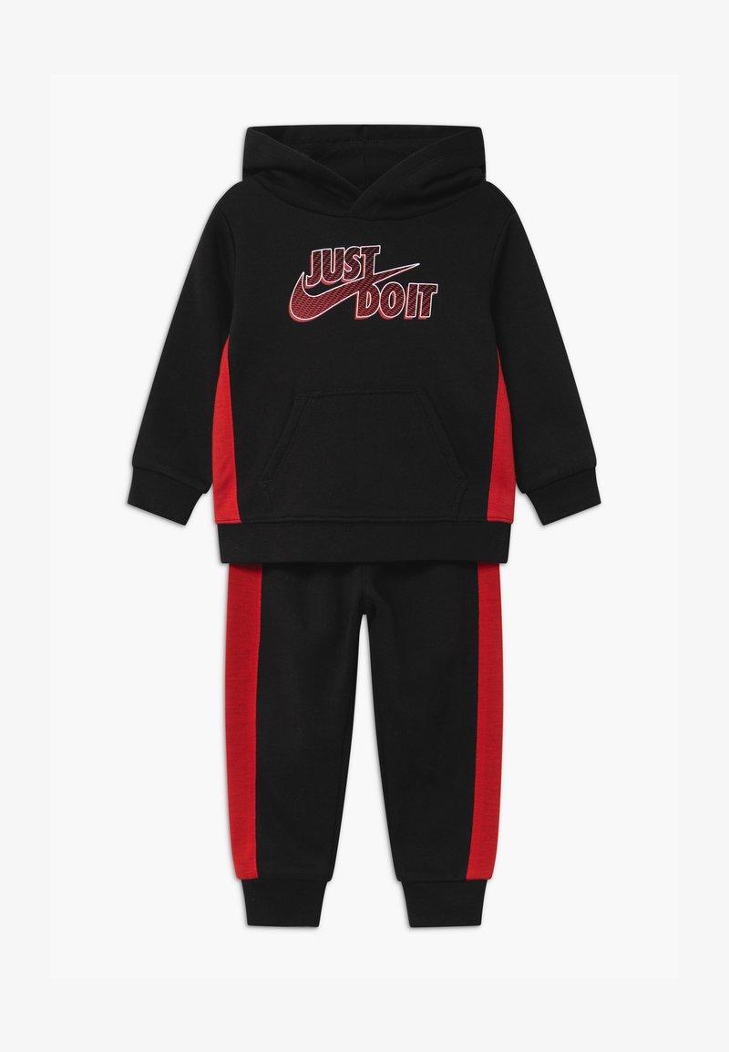Nike Sportswear - SET - Tracksuit - black