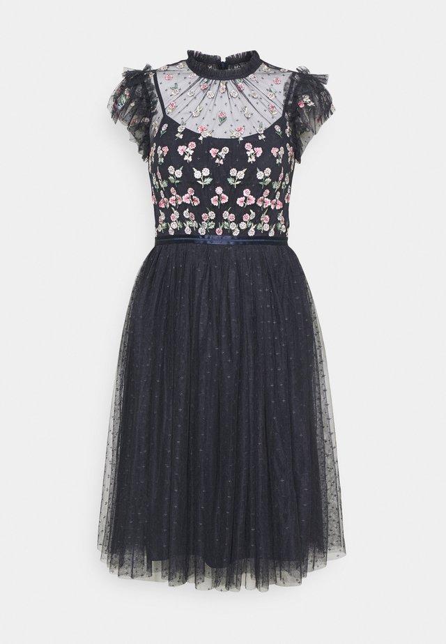 ROCOCO BODICE MIDI DRESS - Koktejlové šaty/ šaty na párty - sapphire sky