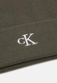 Calvin Klein Jeans - MONOGRAM BEANIE UNISEX - Beanie - green - 2