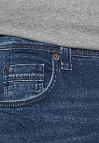 Mustang - WASHINGTON - Straight leg jeans - denim blue - 5