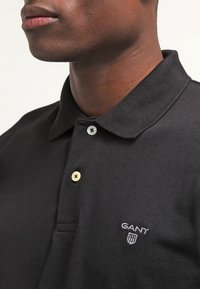 GANT - THE SUMMER - Polo shirt - black - 4