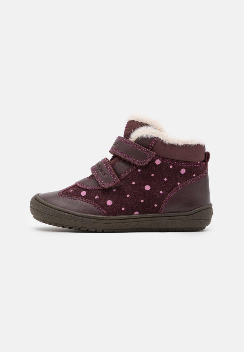 Geox - HADRIEL GIRL WPF - Classic ankle boots - dark burgundy