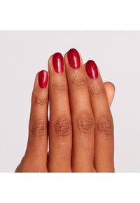OPI - SCOTLAND COLLECTION INFINITE SHINE 15ML - Nail polish - islu12 - a little guilt under the kilt - 1