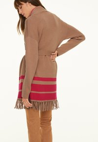 comma - Cardigan - camel placed strip - 2