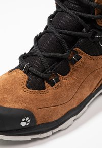 Jack Wolfskin - MTN ATTACK 3 TEXAPORE MID - Hiking shoes - desert brown/black - 2