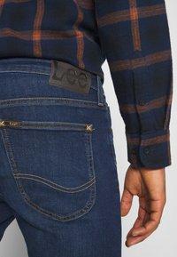 Lee - MALONE - Jeans slim fit - dark martha - 4