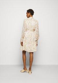 Bruuns Bazaar - DAHLIA OTHILLIA DRESS - Paitamekko - white cream - 2