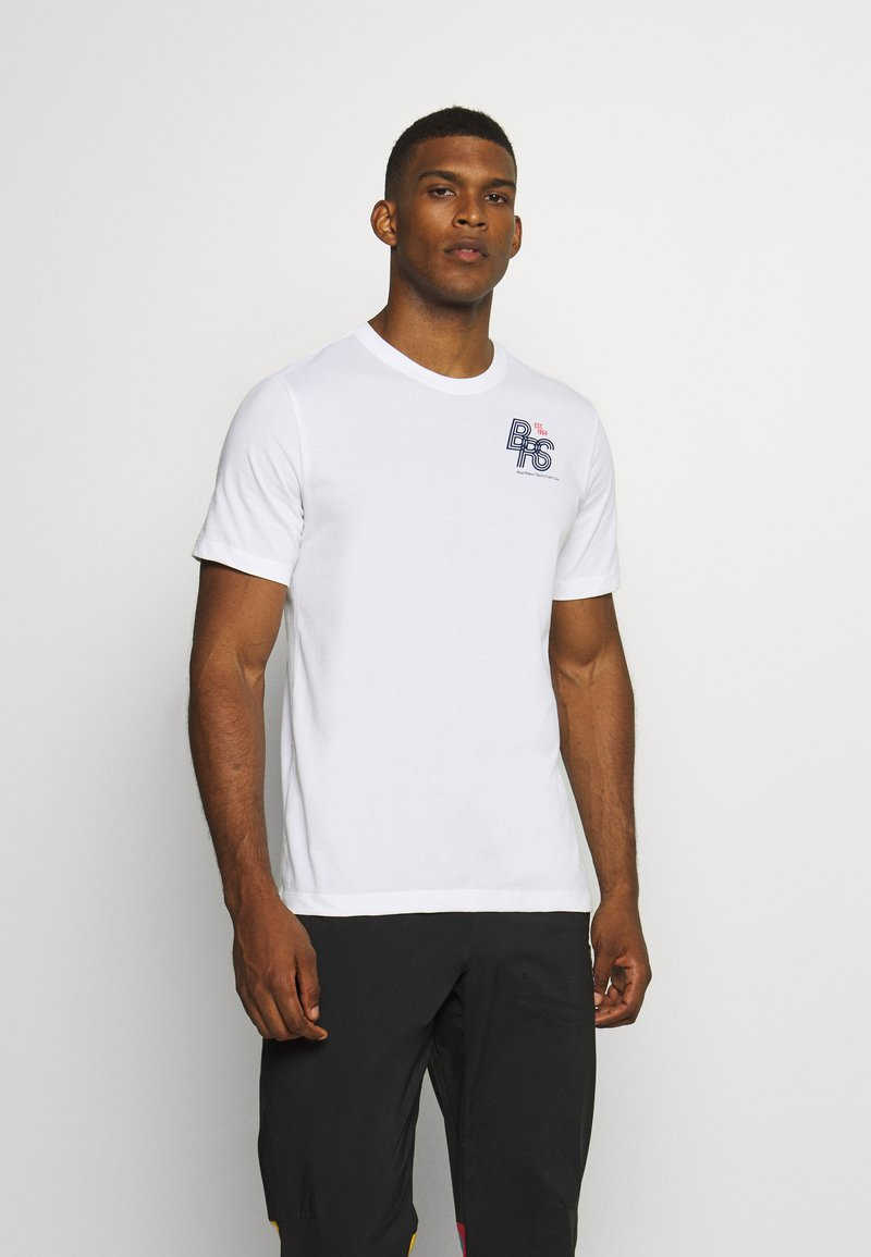 Nike Performance - DRY TEE - Print T-shirt - white