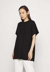 Monki - Camiseta estampada - black - 0