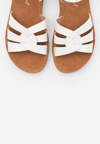 New Look Wide Fit - WIDE FIT HELGA - Sandalias - white - 5